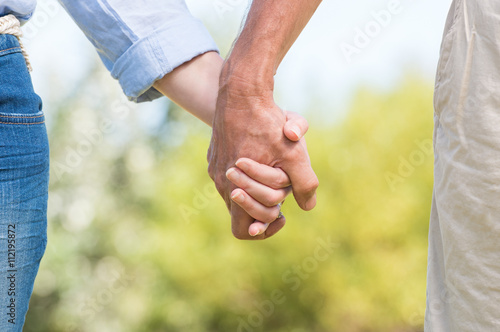Dating holding hands