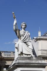 Paris - Statue de la Loi