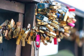 Many love locks