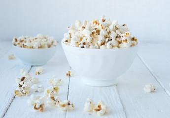 Homemade salty popcorn