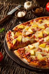 Homemade Pineapple and Ham Hawaiian Pizza