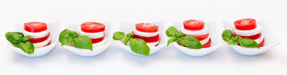 Full Banner Internet - Tomate mit Mozzarella in Minischälchen