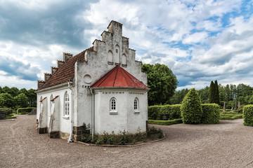 Norra Vrams Graveyard Chapel