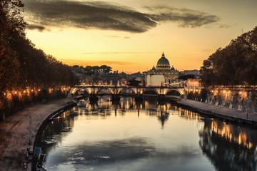 Fotomurales - Rome, Italy: St. Peter's Basilica, Saint Angelo Bridge