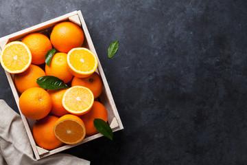 Fresh orange fruits box