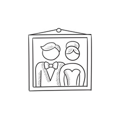 Wedding photo sketch icon.