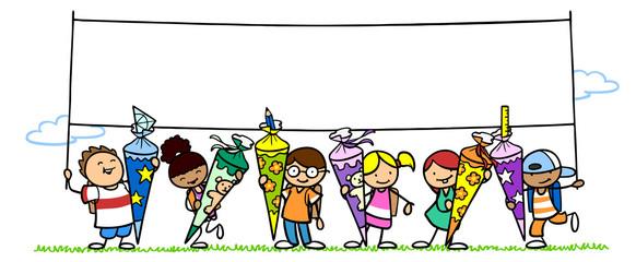 Viele Kinder mit Schultüte halten Banner