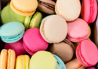 Papiers peints Macarons macro multicolored french macaroon