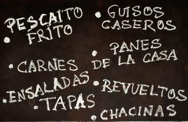 Anuncio de tapas en un bar, Sevilla, tapeo, Andalucía, España