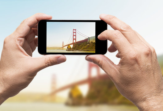 Golden Gate taking picture smart phone