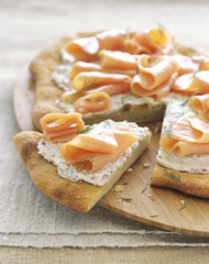 Smoked salmon pizza with dill