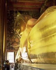 The 46m long statue of the Reclining Buddha, Wat Pho (Wat Po) (Wat Chetuphon), Bangkok, Thailand, Southeast Asia, Asia