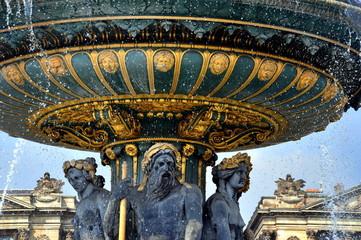 Paris - Neptunbrunnen auf dem Place de la Concorde