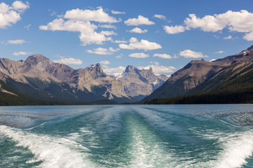 Canada, Alberta, Jasper National Park, Maligne Lake