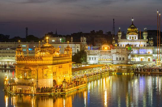 Golden Temple (Harmandir Sahib) in Amritsar, Punjab, India