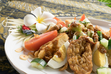 Gado-gado; Indonesian salad with peanut sauce