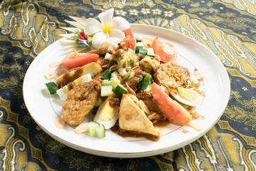 Gado-gado; Indonesian salad with peanut sauce