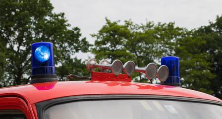 Feuerwehr - Blaulicht und Martinshorn
