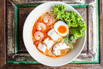 Tomyum noolde seafood and egg, Tomyum noodle, Thailand noodle, Thai food