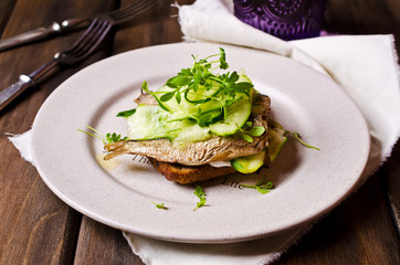 Open sandwich with fish