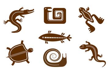 Набор стилизованных графических изображений земноводных, пресмыкающихся, улитки, рыбы в племенном стиле.