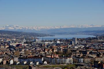 Panorama der Stadt Zürich vom Swiss Prime Tower, dem höchsten Wo