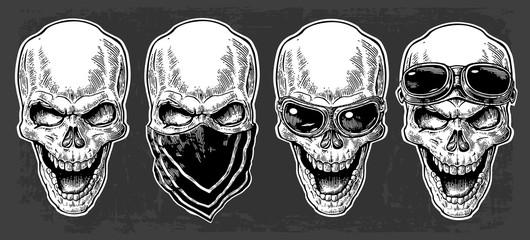 Skull set.