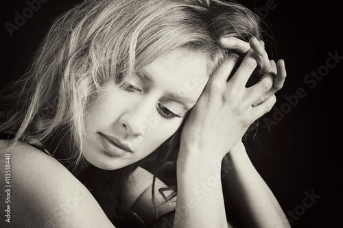Portrait jolie femme blonde sensuelle stock photo and royalty free images on pic - Femme blonde photo ...