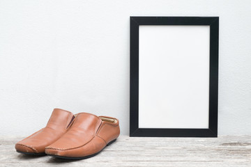 frame and shoes