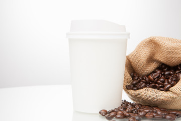 Disposable cup and bean coffee