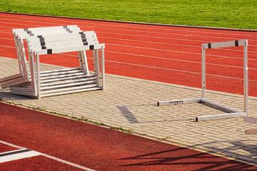 Wall Mural - Laufbahnen bzw. Kampfbahnen auf einem Sportplatz