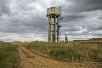 Cisterna de abastecimiento de agua