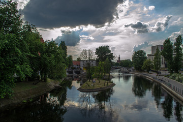 Rzeka Brda, miasto Bydgoszcz w Polsce