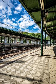 U-Bahn Haltestelle Gumpendorfer Straße in Wien