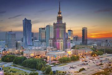 Warszawa. Obraz Warszawy, Polska podczas zmierzchu niebieskiej godziny.