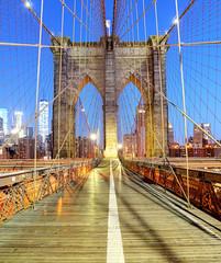 Wall Mural - New York, Brooklyn bridge at nigth, USA