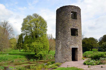 small tower part of Blarney Castle in Ireland