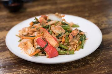 Stir fried vermicelli and mixed vegetables with sukiyaki sauce