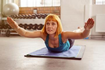 workout im fitnessstudio