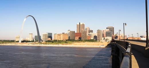 St Louis Missouri Downtown City Skyline Arch Gateway West