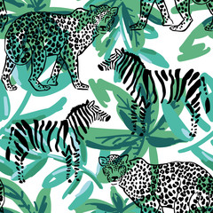 Leopard, zebra on the green palm leaves background. Vector seamless pattern. Popular african animals. Safari wildlife illustration. Tropical foliage.