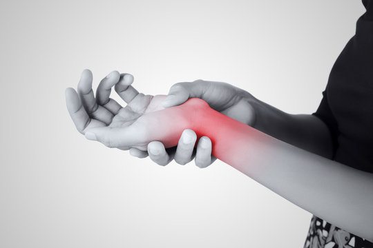 Acute pain in a women wrist, De-Quervain's tenosynovitis