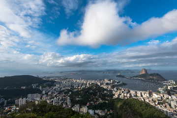 Wall Mural - Moody sky above Rio de Janeiro city with the Sugarloaf Mountain
