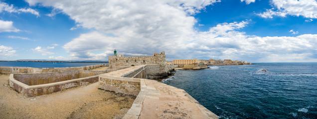 Panorama castle Maniace in Ortigia Old Town, Sicily Fototapete