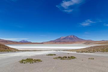 Paysage montagne Bolivie lac Lagune bleu