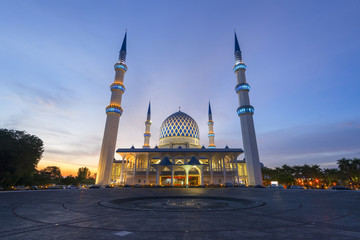 The Shah Alam Mosque at dusk