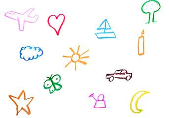 Kind malt Gegenstände mit Wachsmalstiften