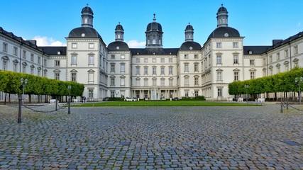 Schloss Bensberg vom Eingang aus