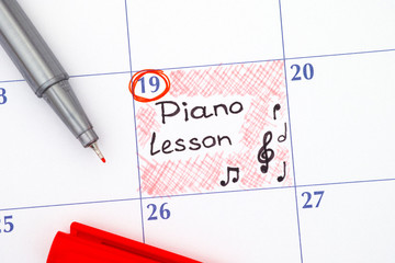 Reminder Piano Lesson in calendar with red pen