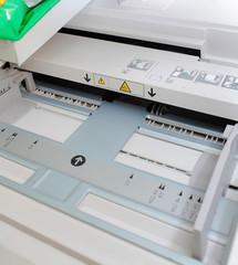 Paper tray of printing press